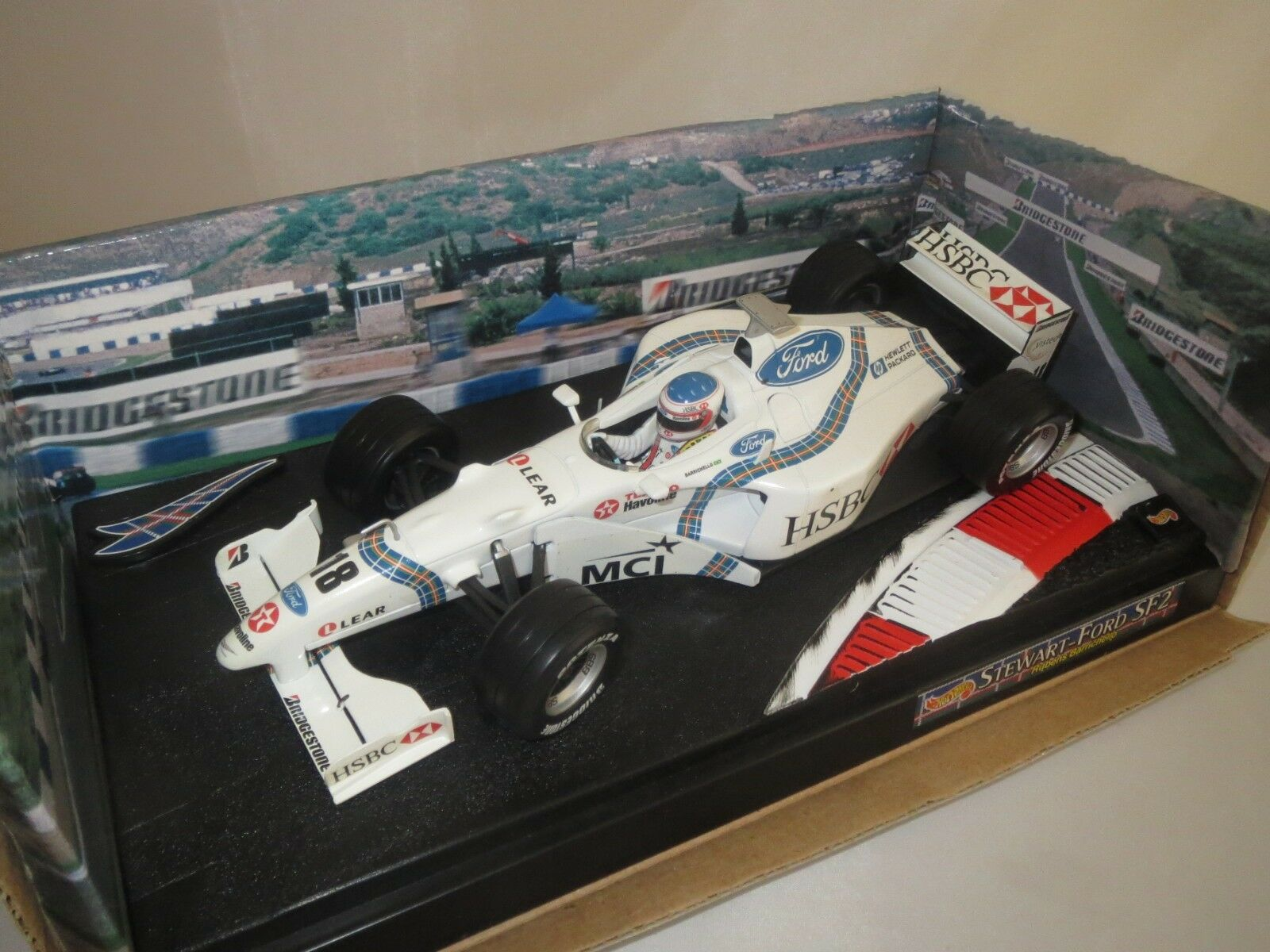 MATTEL 22823  R. Barrichello   18 (Stewart sf2 Grand Prix) 1 18 neuf dans sa boîte (f10)