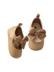 GAP Baby Girl Size 0-3 Months NWT Beige / Tan Mary Jane Bow Flats ...