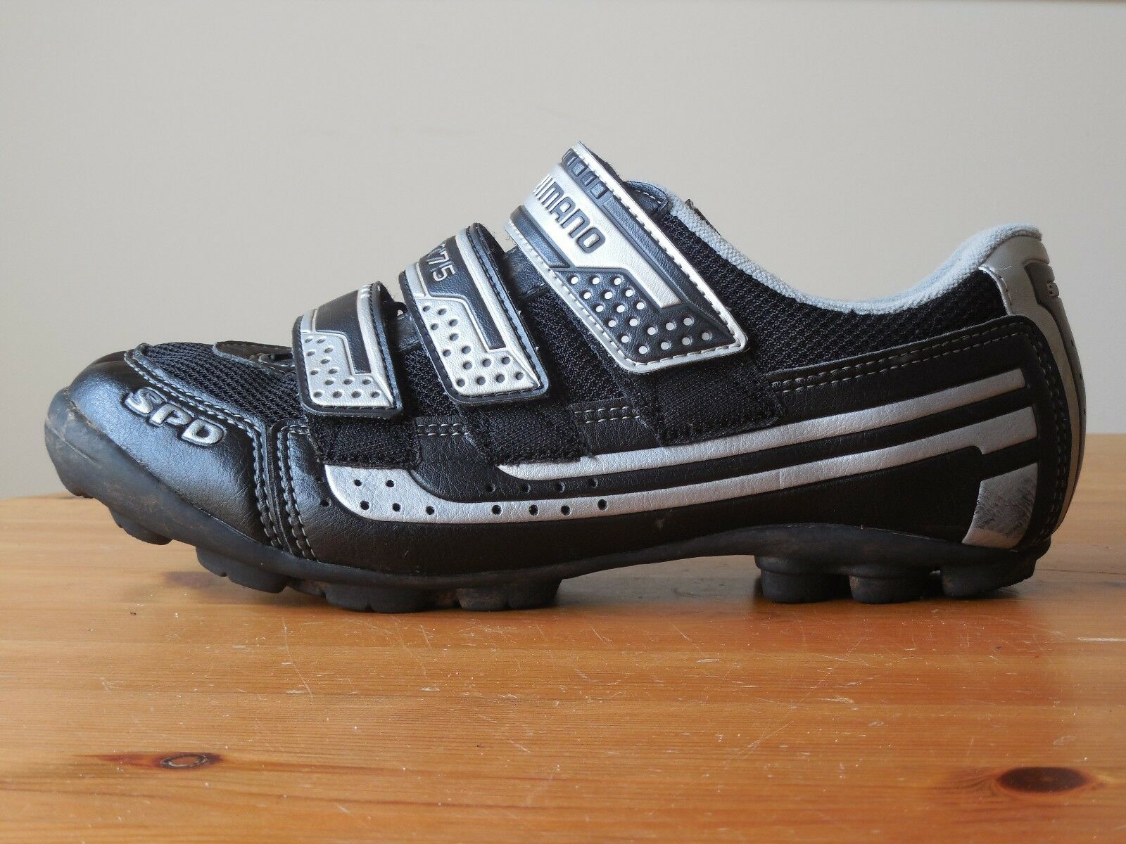 Shimano SPD SH-M075 Road Cycling shoes 40 6.7 with SPD Cleat  US Size 9