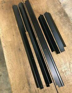Negro-satinado-frontal-central-y-parte-trasera-Alfombra-Retenedor-Adornos-Land-Rover-Defender-110
