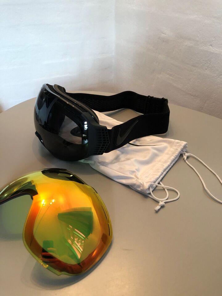 Skibriller, Nike