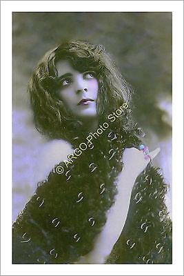p056 GLAMOUR female 1910s risque girl portrait photo