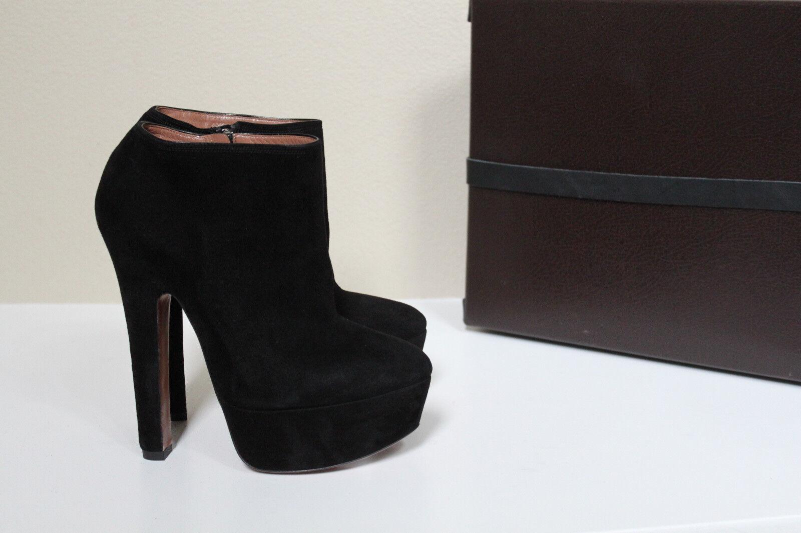 New sz 11 / 41 Azzedine Alaia Black Suede Platform Ankle Bootie Heel Shoes