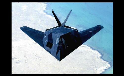 Stealth Fighter F-117 Nighthawk PHOTO Secret Air Force Plane Project