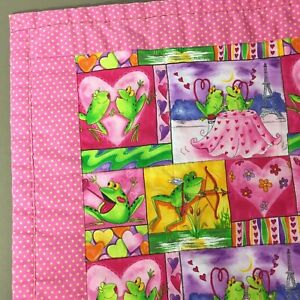 Cute-Frog-Quilt-handmade-finished-cartoon-frogs-pink-yellow-hearts-dots-45x52-034