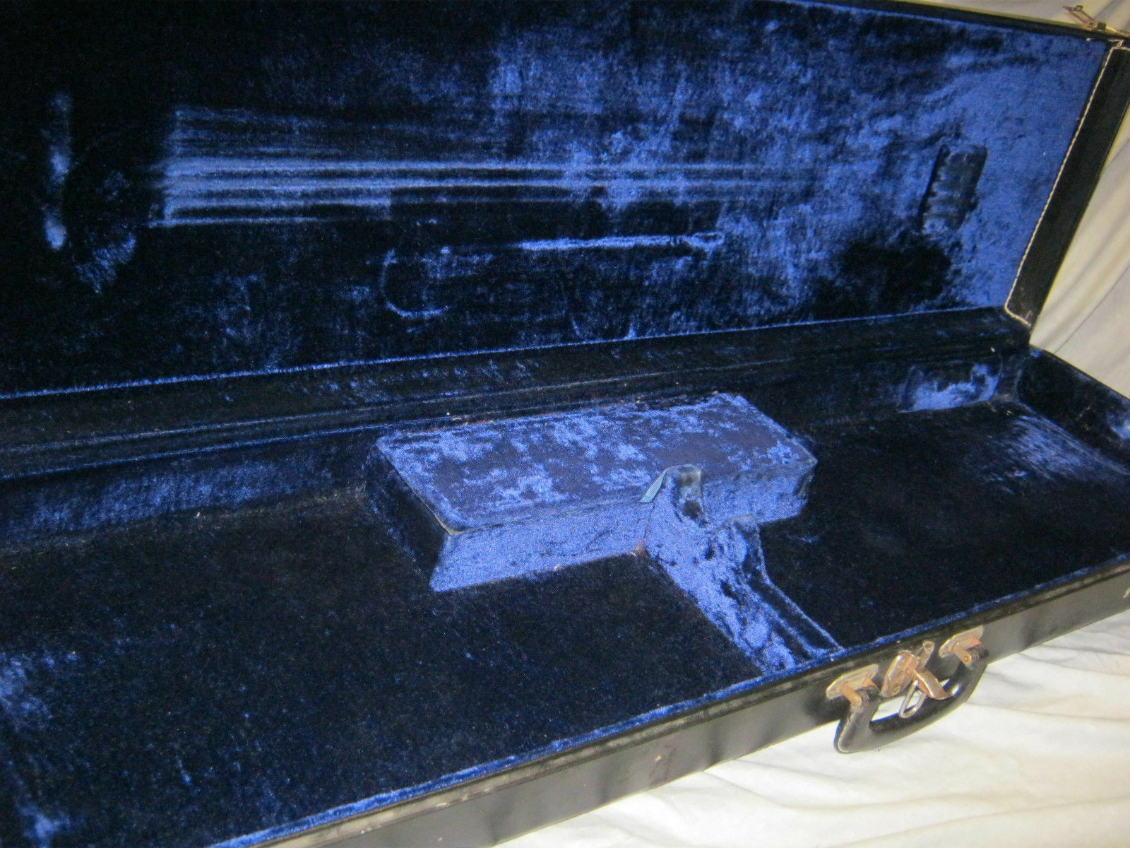 70's USA BASS CASE - fits USA VIOLIN BASS