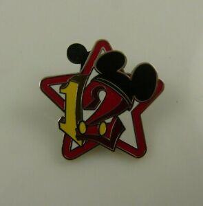 Disneyland-Mickey-ears-12-2012-Disney-trading-pin-star