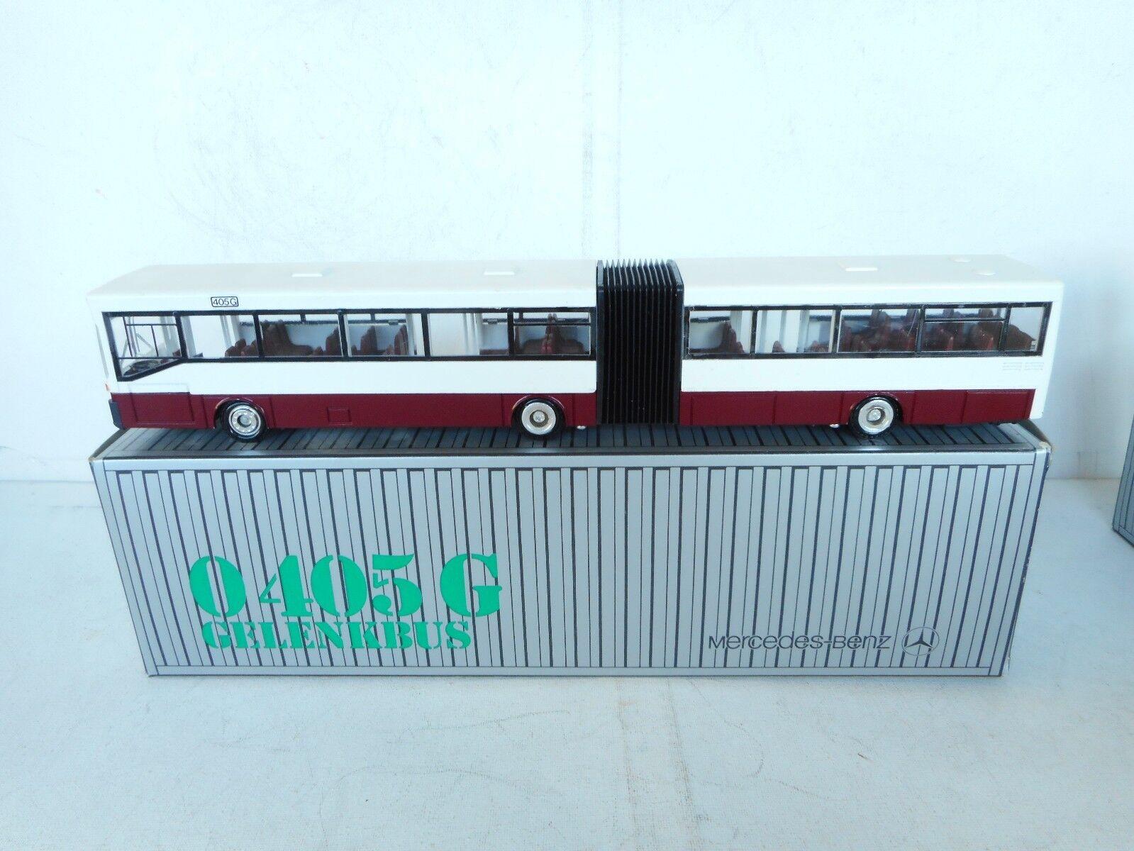 1:50  Conrad  Mercedes Schubgelenkbus-0 405 G Bus Marktplatz Rojo 1:50 N M  Box