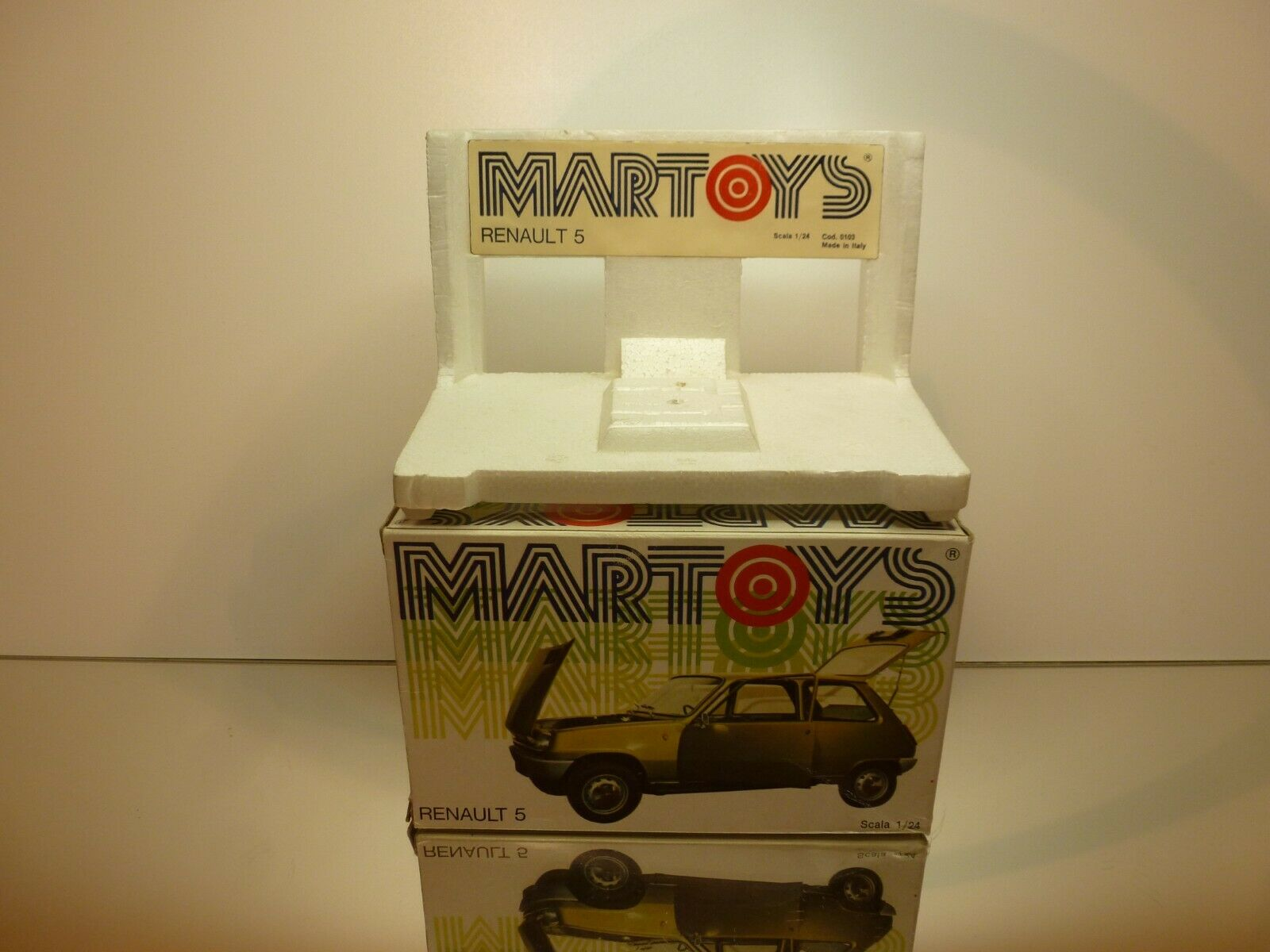 MARTOYS BOX for 103 RENAULT 5 - 1 24 VERY RARE - GOOD CONDITION - ONLY BOX