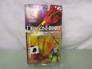 Dragon-Heart-Bowen-With-Spear-Shooting-War-Wagon-Knight-Valor-Damaged-Box-Figure
