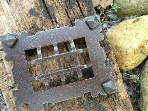 Verließ Luke Gartentor Kloster-Klappe mittelalterlich Gitter Tür zum Weinkeller