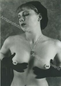 Young-nude-woman-vintage-photo-by-Metivier