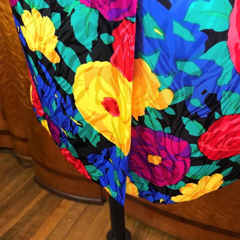 SPRING FLORALS 1980's 80s Vintage Pinup Floral Fl… - image 10
