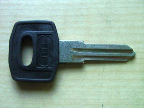 Key Blank Blade for W 123 Mercedes Benz 1975 to 1986 No 1133