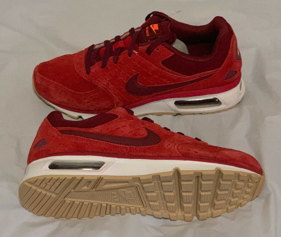 Men's Nike Air Max Solace Leather shoes size 9 style 652984-600