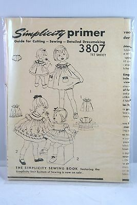 3807 SIMPLICITY Primer Guide for Cutting Sewing Detailed Dressmaking VINTAGE SEW