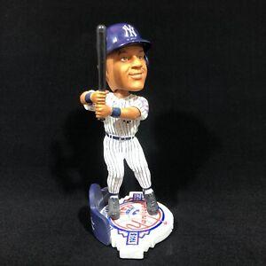 Derek-Jeter-Bobble-Head-New-York-Yankees-100th-Anniversary-Stadium-Exclusive