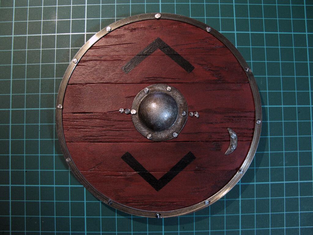 1 6 scale Vikings Bjorn shield - handmade - wood and metal