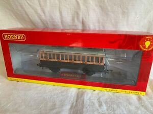 Hornby 00 Gauge 3rd class coach 4 wheel, L&SWR R40108A. No 308 with lights BNIB
