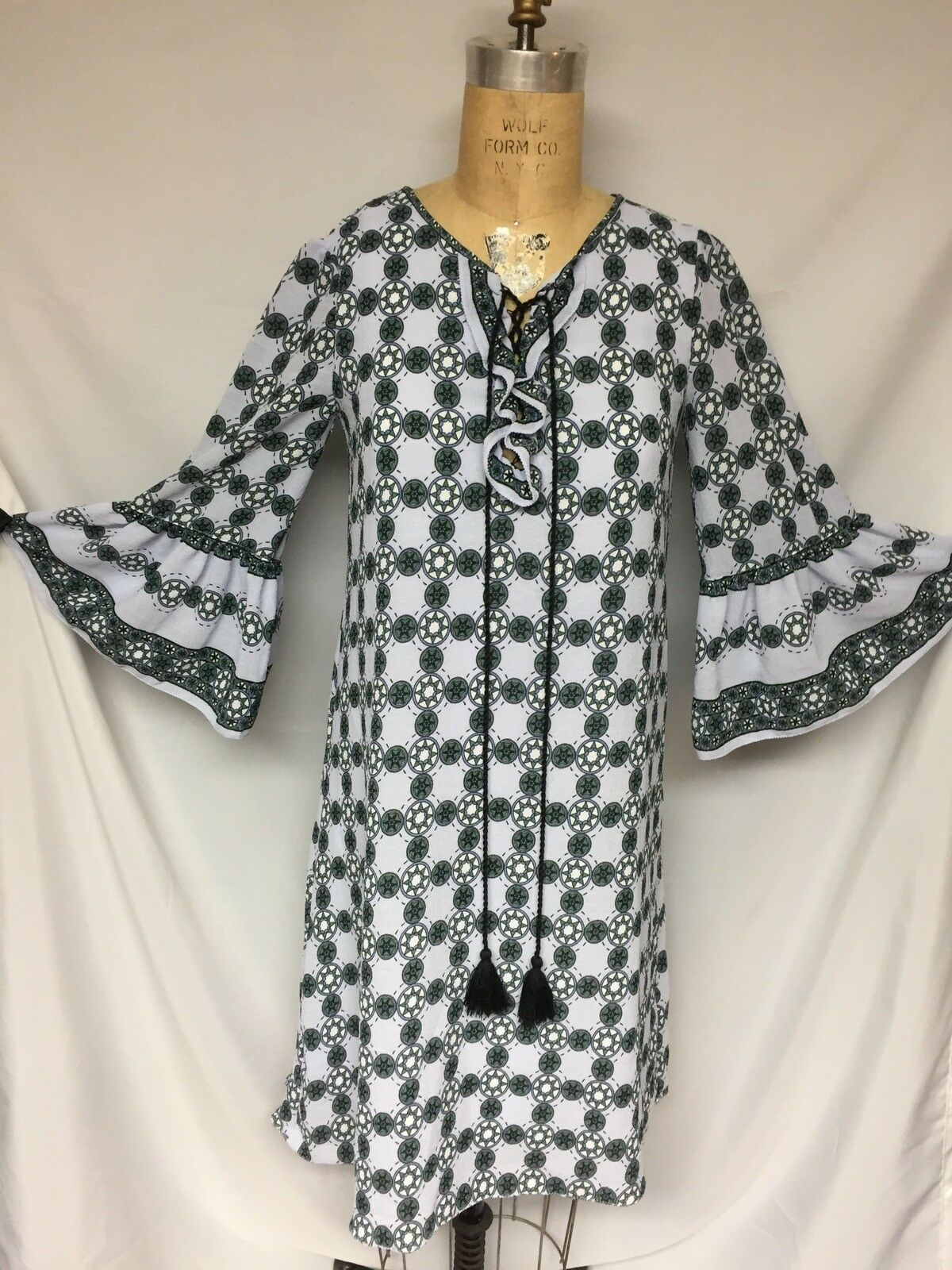 Max Studio damen Melina Printed Bell Sleeves Casual Dress XS NWOT 7M02R57
