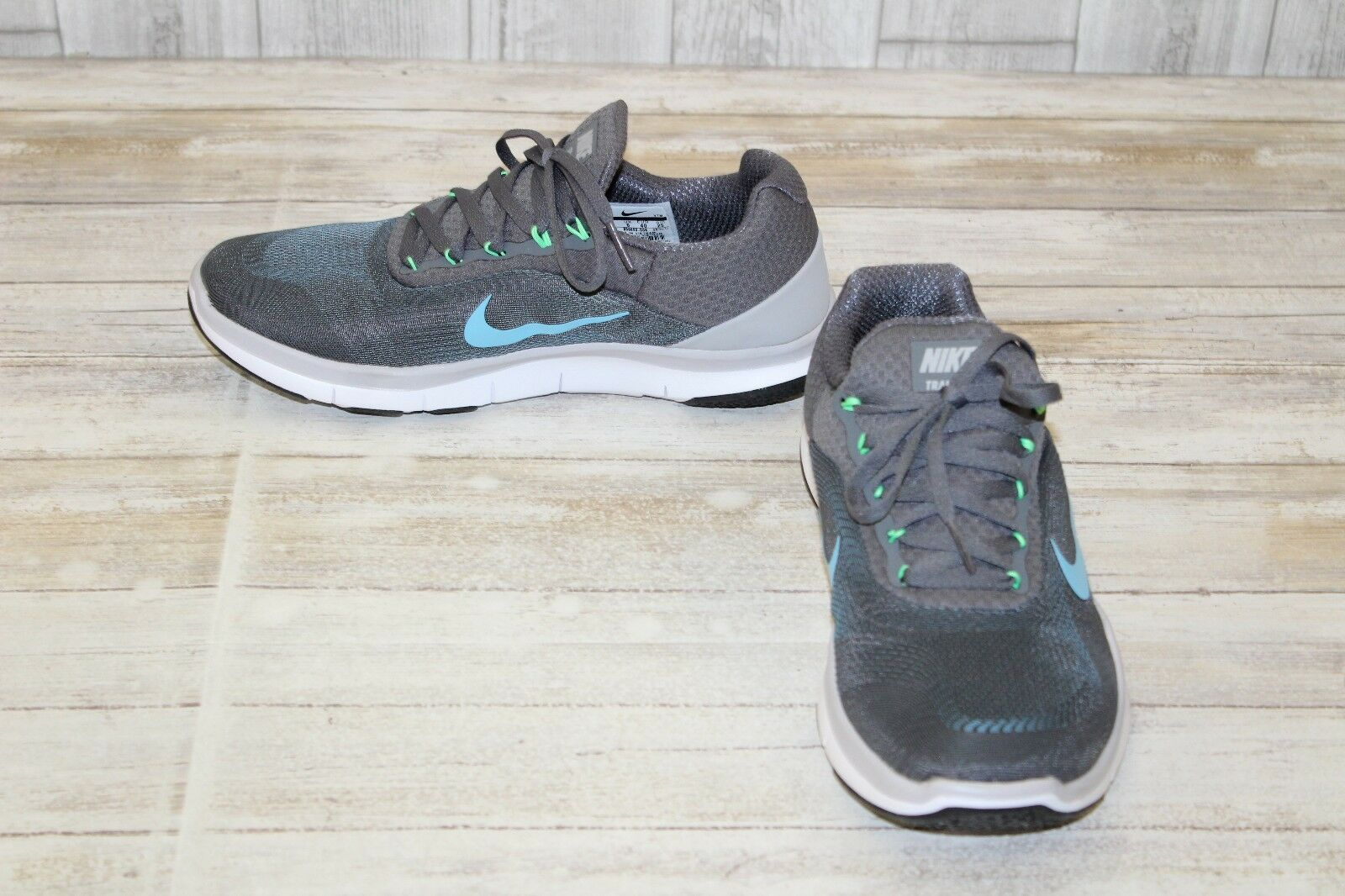 Nike Free Trainer v7 Athletic Shoes, Men's Size 7, Grey