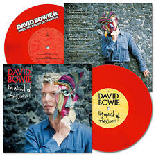 """DAVID BOWIE - I'M AFRAID OF AMERICANS - BARCELONA EXHIBITION - RED 7"""" PREORDER"""