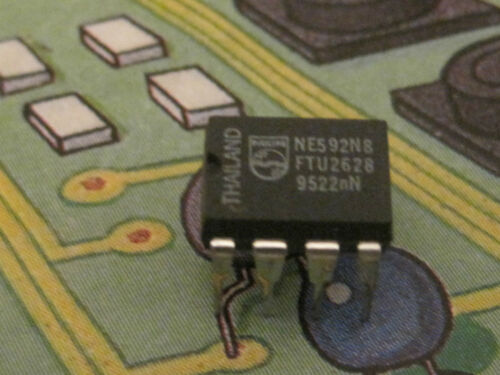 Plastic DIP  Philips  4pcs NE592N8  Video amplifier  8 Pin