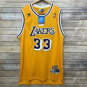 LA Lakers Kareem Abdul Jabbar Men s Size XL Jersey LeBron Magic Los ... 7d603dbba