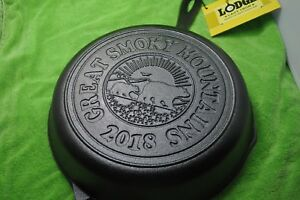 LODGE-GREAT-SMOKY-MOUNTAINS-2018-CAST-IRON-SKILLET-LIMITED-EDITION-NEW-WITH-TAGS