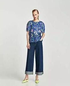 685eccd8e6 Details about NWOT Zara Trafaluc Women's Size Small Blue Multi-Color Floral  Sequin Top