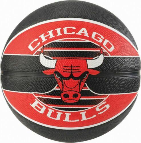 Spalding Basketball NBA Outdoor Team Ball Chicago Bulls Size 5 Kids