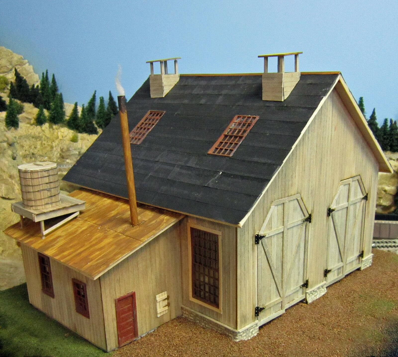 TWO STALL ENGINE HOUSE 14  DEEP O Model Railroad Structure Unptd Laser Kit BR306
