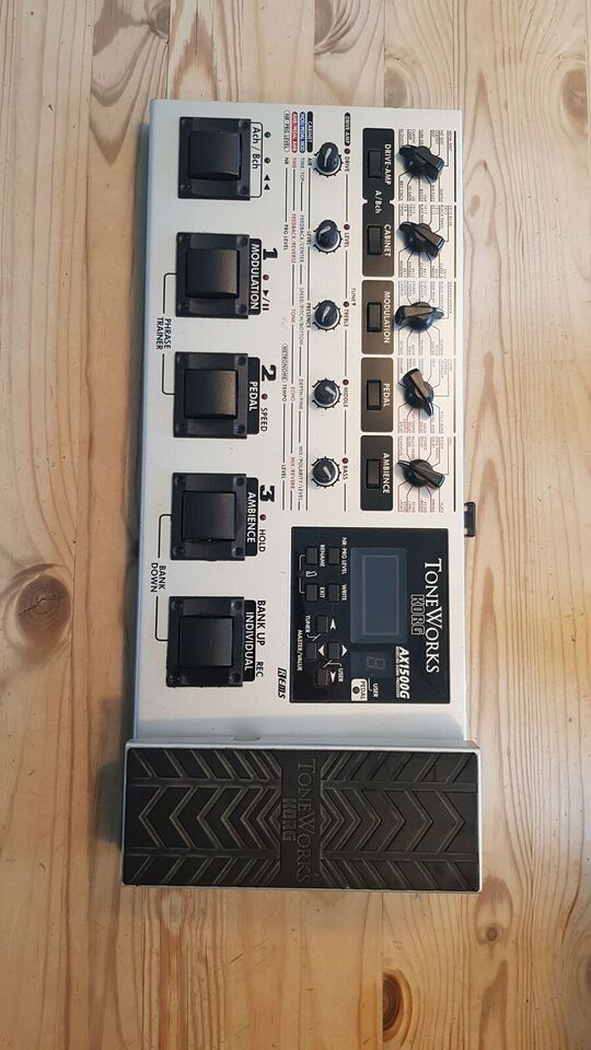 Multi Effekt Processor, Korg AX1500G