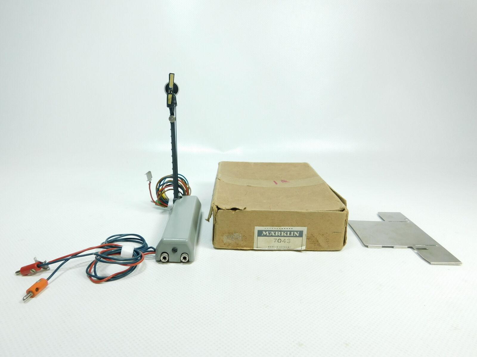 BF919-0,5  Märklin H0 AC Abdrücksignal 7043 (446 22) geprüft, sehr gut + OVP
