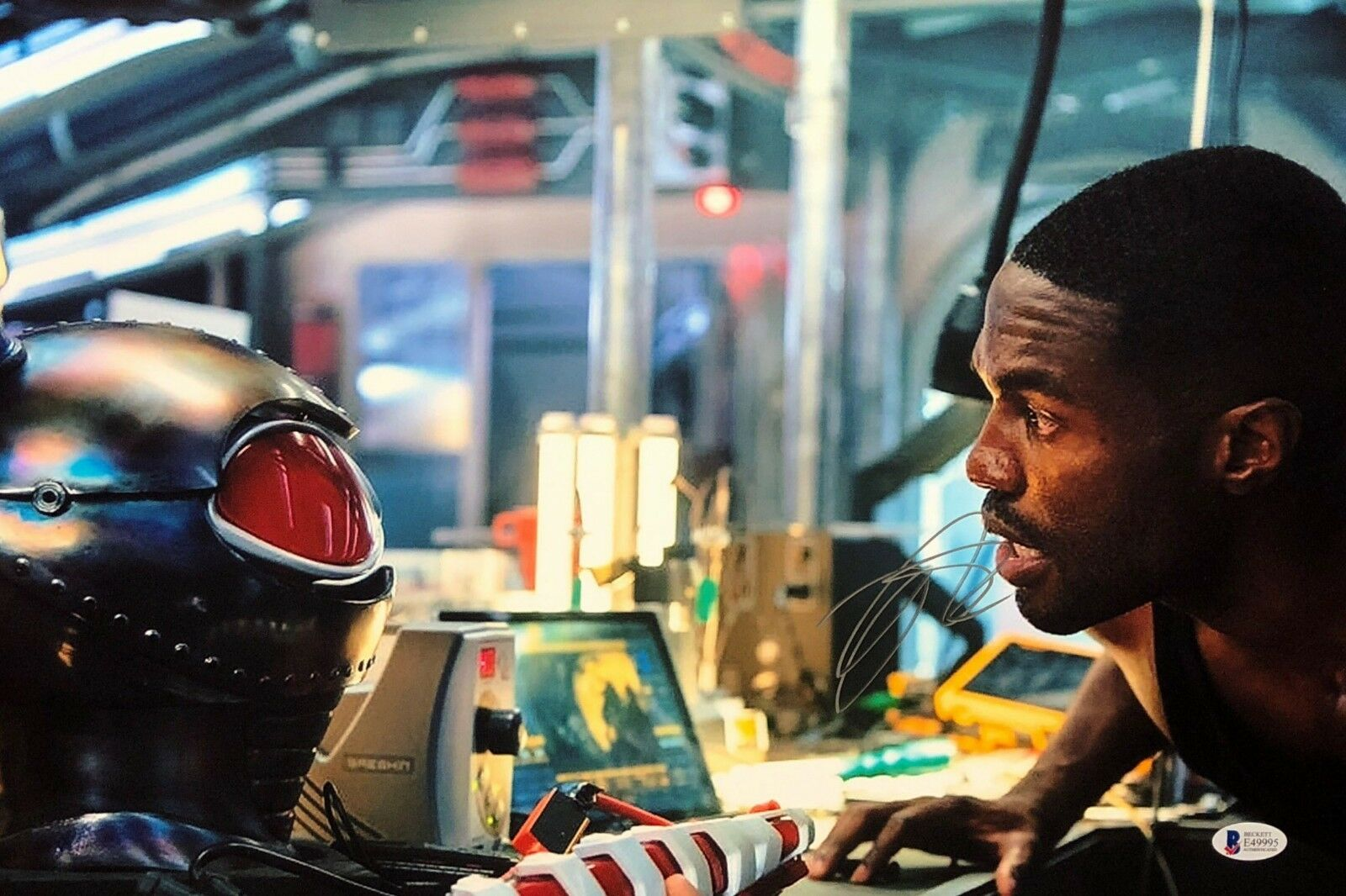 Yahya Abdul-Mateen II Signed 12x18 Photo *Black Manta Beckett BAS E49995