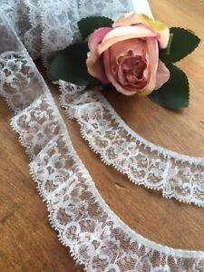 """laverslace Black Gathered Frilly Nottingham Lace Trim 1.75/""""//4.5cm"""