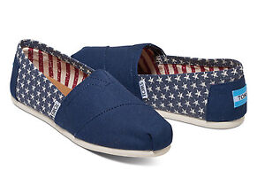 TOMS AMERICANA NAVY CANVAS STARS WOMEN S CLASSIC SHOES. Style ... 1c27cc9a132