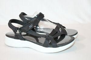 Skechers 7 medium black GO Walk Move