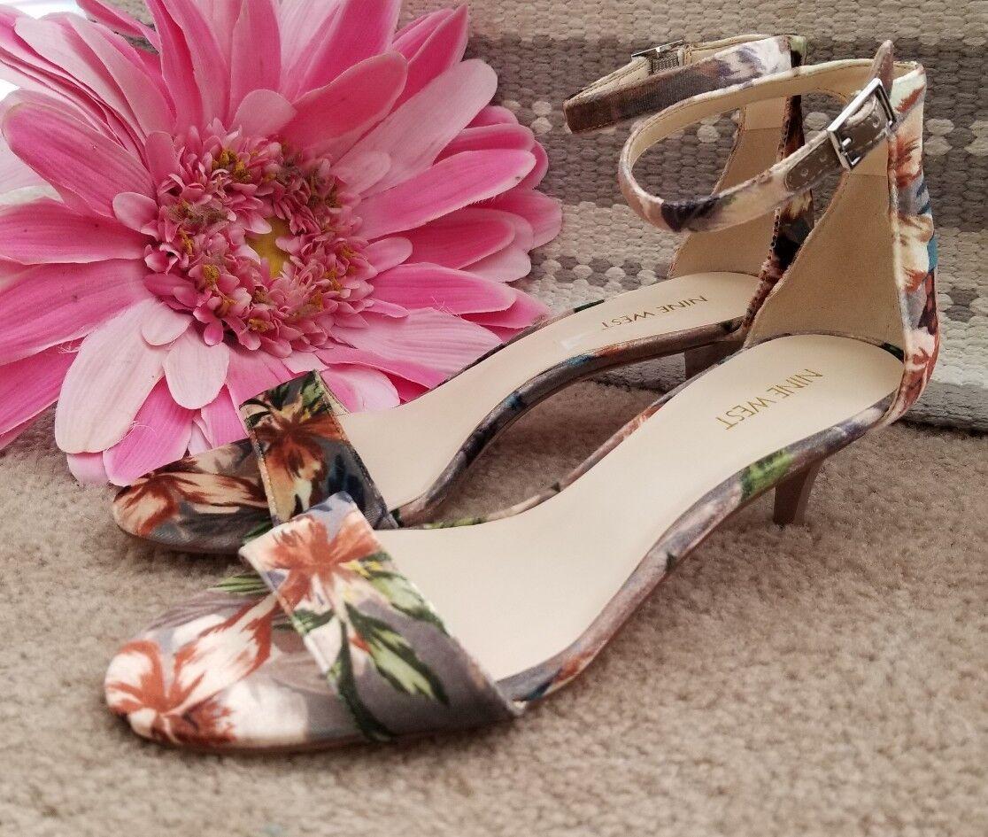 NINE WEST Hawaiian Luau Beach Kitten Pumps High Heels Damens Schuhes Sz 8.5