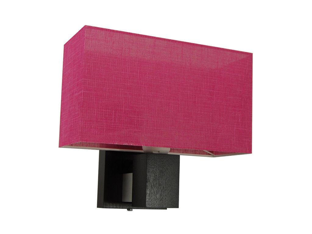 Plafoniere Da Parete In Legno : Lampada da parete montata su una in legno foto immagine