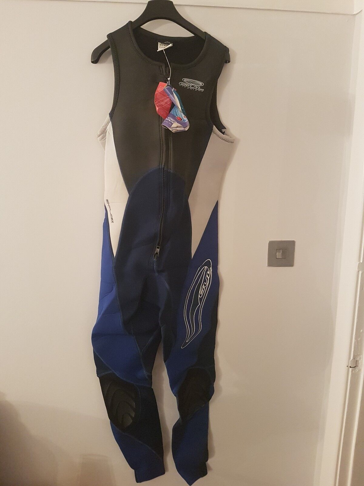 Gul Titanium Wetsuit Medium Female New With Tags bluee No Sleeves