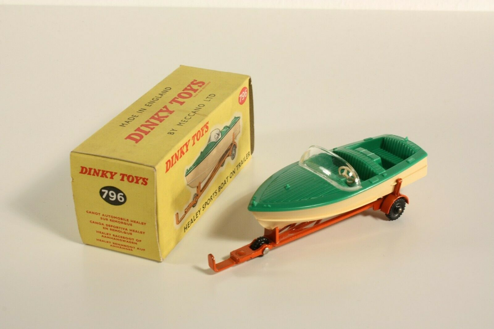 DINKY TOYS 796, HEALEY SPORTS BOAT ON caravane, Comme neuf in box  ab2202