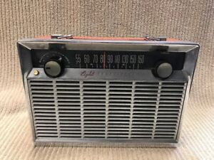 VINTAGE GENERAL ELECTRIC EIGHT TRANSISTOR RADIO Free Shipping!!