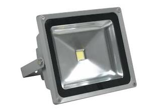 Proyector-foco-LED-10W