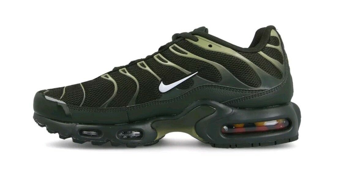 Nike Air Max Plus Mens Size 8 Sequoia White Neutral Olive  150 C78
