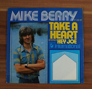 Single-7-034-VINYL-Mike-Berry-take-a-heart-Hey-Joe
