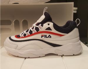 Fila 2018 Ray blanc//bleu marine//rouge FS1SIA3065X Unisexe Chaussures US Taille 4-11 Disruptor II