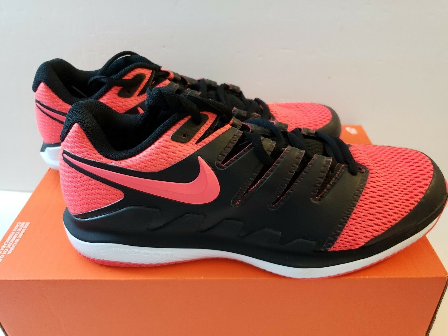 Brand New Mens Nike Air Zoom Vapor X HC Size 9.5 AA8030-006 Black