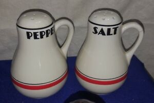 Vintage-BIG-Ceramic-BOWLING-PIN-Salt-amp-Pepper-Shakers-NO-STOPPERS