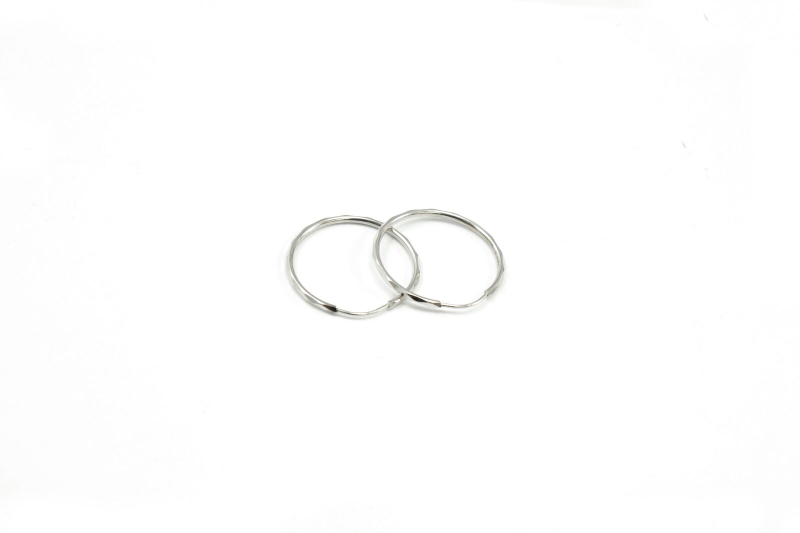 14K White gold Facet Hoop Earring-1.56mm Endless Fastening
